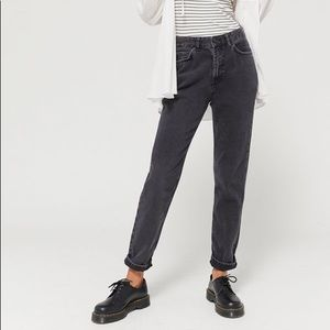 BDG Mom Jeans High Rise Faded Black